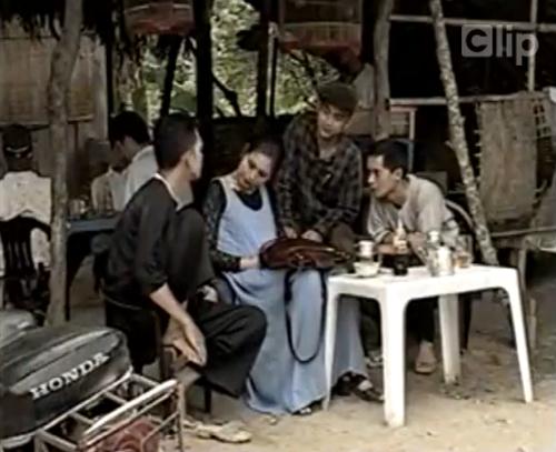 Hồng Vân trong vai một nữ Việt kiều mới về nước