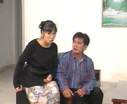 Hồng Vân vào vai người vợ trong tiểu phẩm 'Khôn Như Vợ Thằng Đậu'