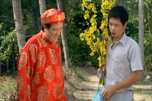 Bảo Quốc vào vai phú ông, đóng cặp cùng Thái Hòa trong tiểu phẩm 'Kỳ Ngộ 30 Tết'