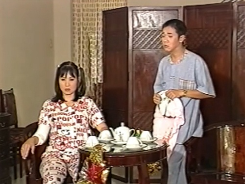 Nghệ sĩ Hồng Vân trong phim