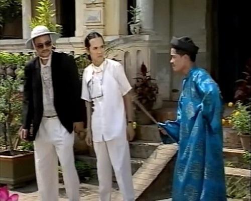 Cảnh phú ông bắt bẻ các chàng rể trong 'Phú Ông Kén Rể'