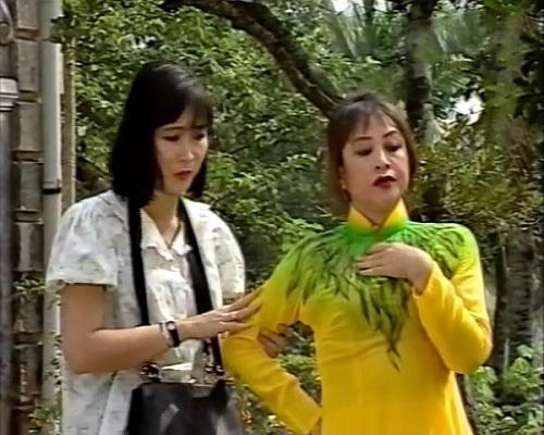 Hồng Vân vào vai cô con gái trong 'Phú Ông Kén Rể'
