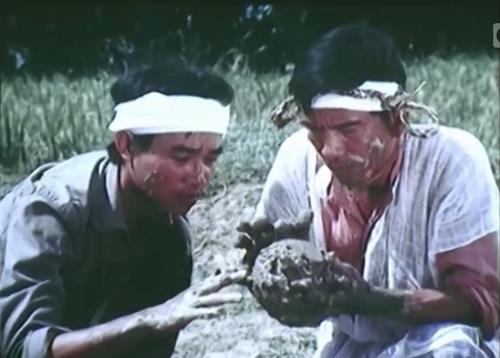 Một phân cảnh trong phim 'Chiếc Bình Tiền Kiếp'