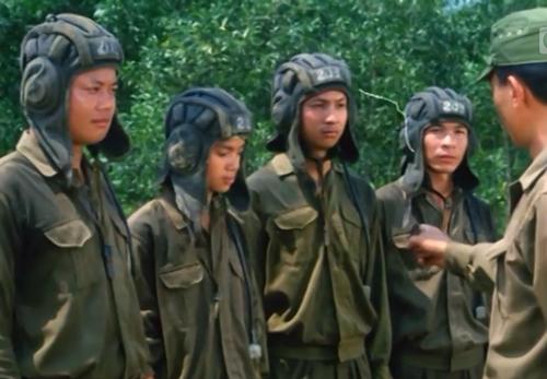Phim đã vinh dự tham gia Liên hoan Phim Việt Nam lần thứ 11 và Thiệu Ánh Dương vai Trường trong phim nhận giải Bông sen vàng cho nam diễn viên xuất sắc nhất.