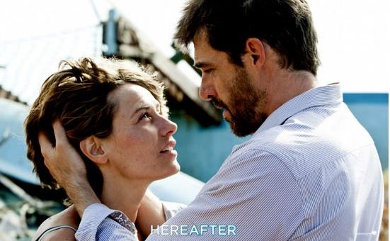 """Nhân vật Marie trong một cảnh của bộ phim """"Hereafter""""."""
