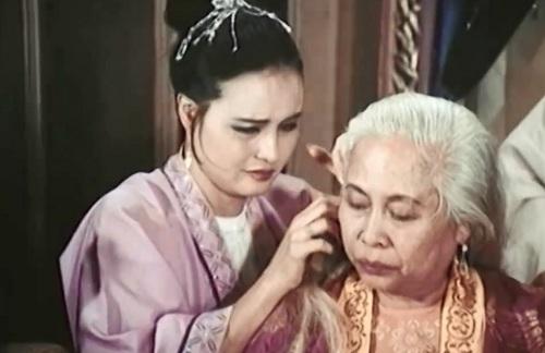 Nữ diễn viên Hoàng Cúc