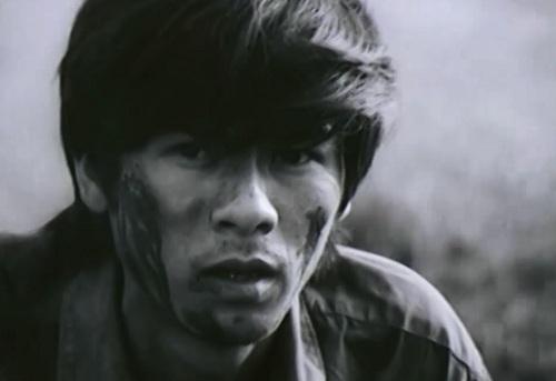"""Một phân cảnh trong bộ phim chiến tranh Việt Nam """"Khoảnh Khắc Yên Lặng Của Chiến Tranh""""."""