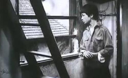 """Một phân cảnh trong """"Sơn Ca Trong Thành Phố"""""""