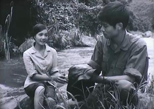 Một phân cảnh khác trong phim ''Từ Một Cánh Rừng''
