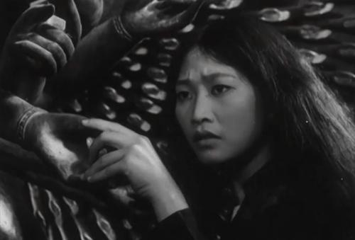 """NSND Như Quỳnh ngày còn trẻ trong bộ phim """"Đến Hẹn Lại Lên""""."""