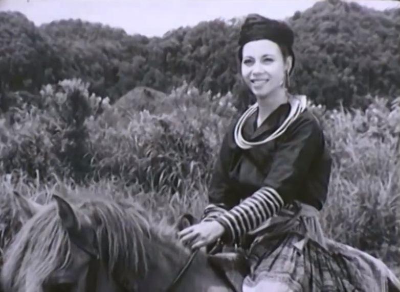 Nghệ sĩ Thanh Qúy và cảnh diễn trong phim 'Thời Gian Gần Gũi'