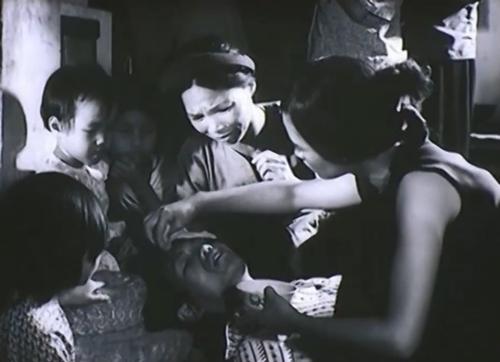 Một phân cảnh khác trong phim ''Đứa ConNgười Hàng Xóm''
