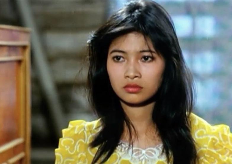 Thu Hiền trong vai nữ chính - cô giáo Loan