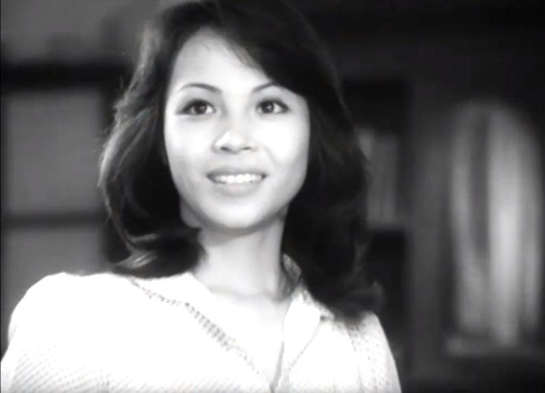NSƯT Thanh Qúy sở hữu vẻ đẹp hút hồn khi hóa thân vai nữ chính của phim