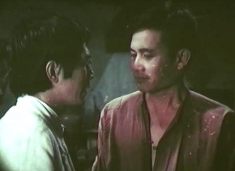 Diễn viên Trần Vịnh và bạn diễn