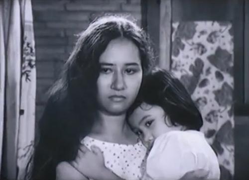 "Lan Chi vai Huệ ""lai"" - một cô gái giang hồ."