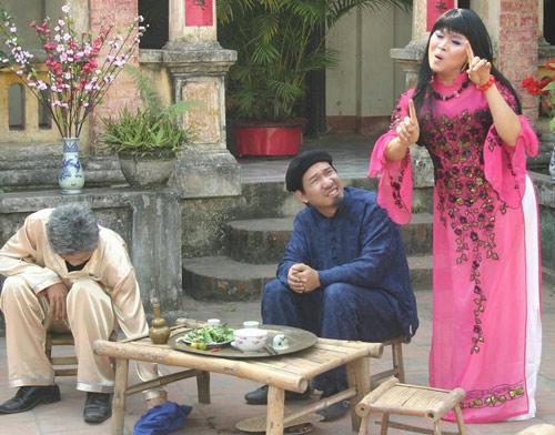 Quang Thắng và Xuân Hinh trong một cảnh tiểu phẩm