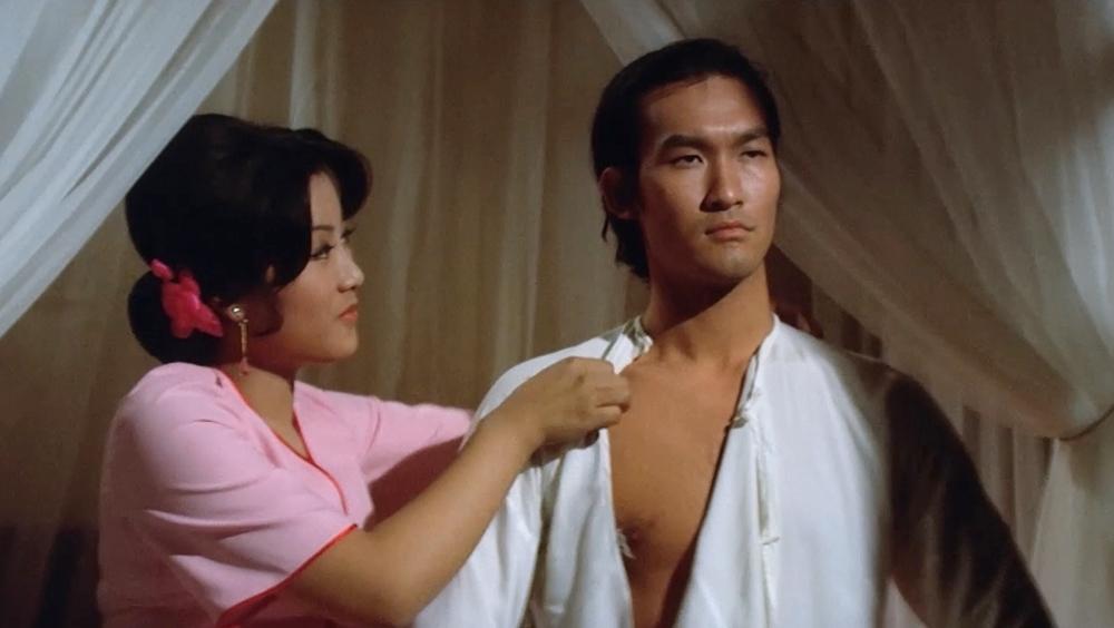 Một phân cảnh khác trong phim ''Shaolin Martial Arts''
