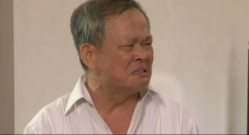 Nghệ sĩ Khôi Nguyên trong một cảnh quay