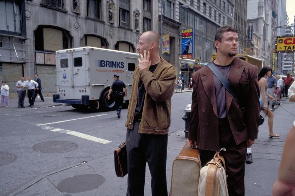 Một phân cảnh khác trong phim ''15 Minutes''