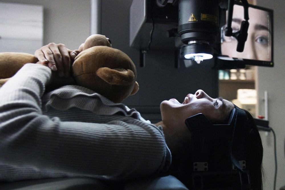 Tuy nhiên, lưỡi hái tử thần vẫn không tha cho các nạn nhân xấu số trong phim ''Final Destination 5''