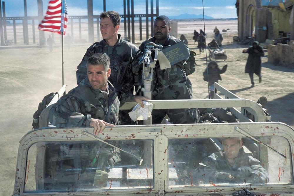 Trung sĩ Troy Barlow cùng hai binh nhất bắt được một nhóm quân sĩ Iraq và phát hiện tấm bản đồ bí ẩn.