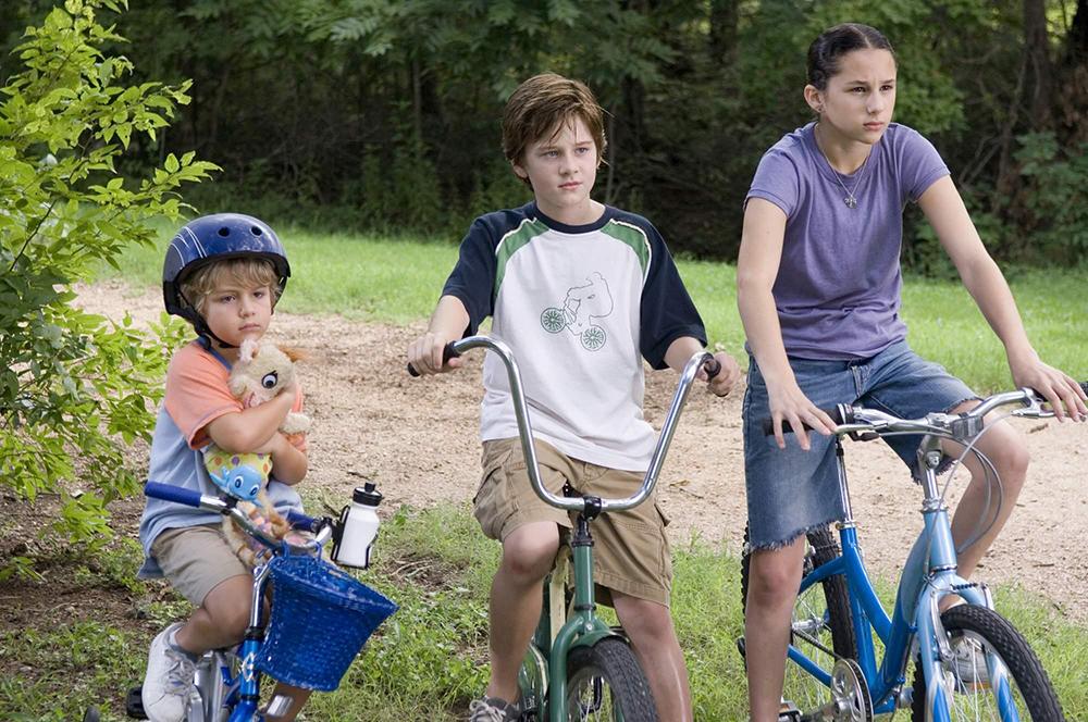 Billy, cậu em trai Woody và cô bạn xinh xắn Erika.