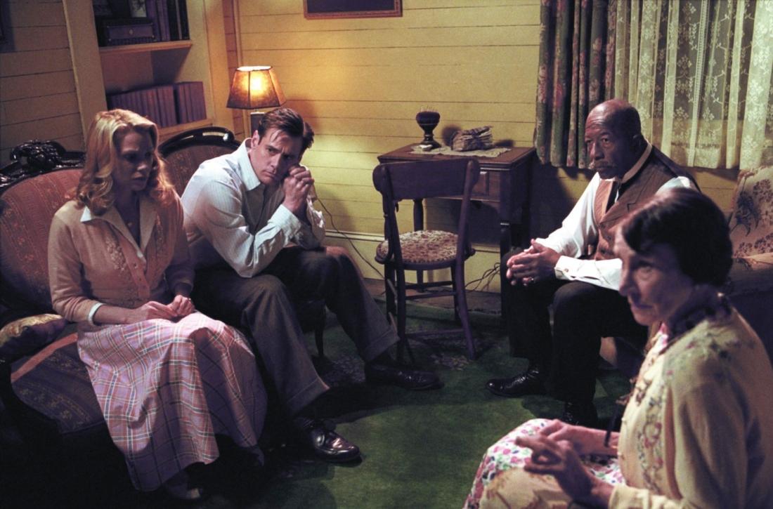 Peter bên những người dân tốt bụng tại thị trấn Lawson nhỏ bé.