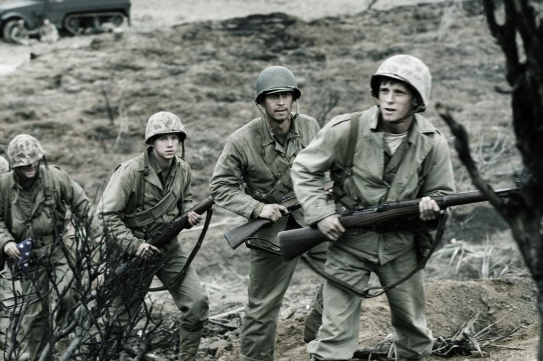 Một cảnh trong phim ''Ngọn Cờ Chiến Thắng''
