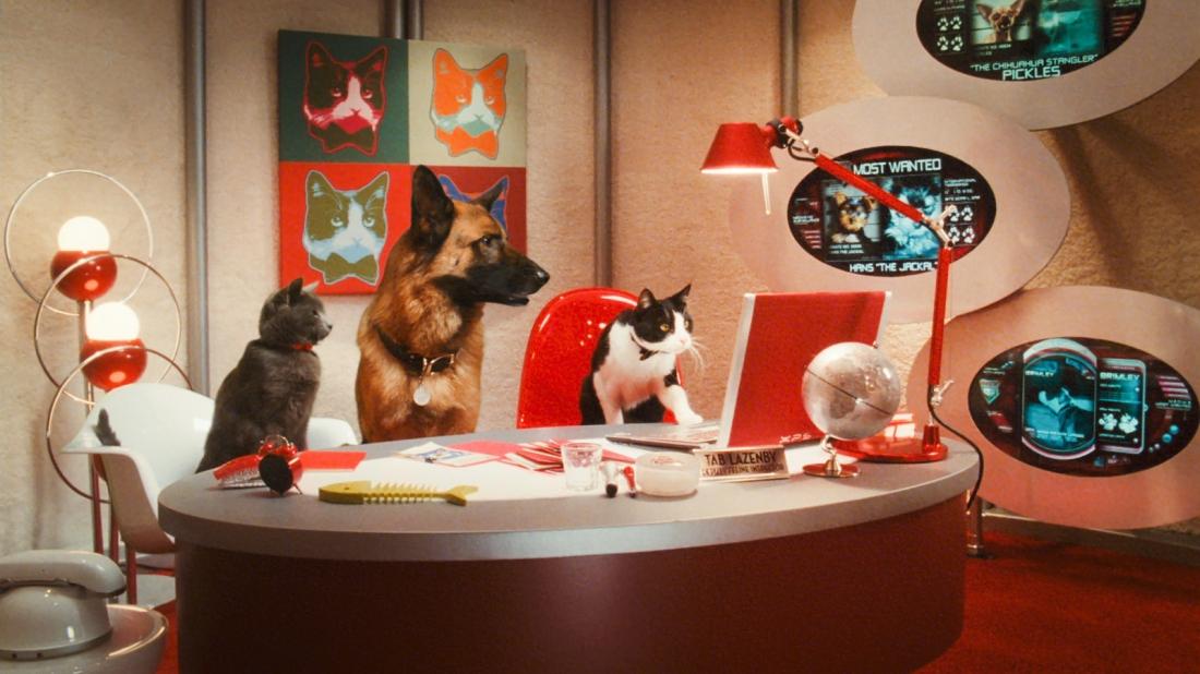 Trước tình thế nguy cấp, chó và mèo phải hợp tác với nhau để chống lại âm mưu của mụ mèo hiểm độc Kitty Galore.