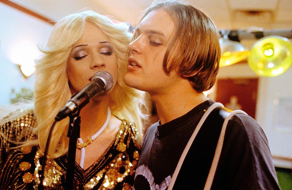 Hedwig và người tình Tommy Gnosis.