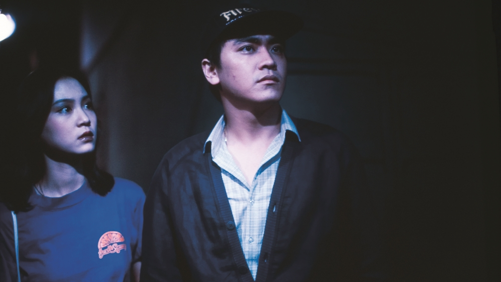 Trịnh Trung và Vương Li Phân là đôi tình nhân hiện đang cùng làm việc tại một sở cảnh sát trong phim ''Hell Has No Boundary''