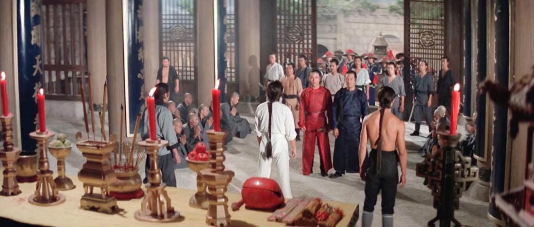 Quan quân triều đình tới náo loạn Thiếu Lâm Tự.