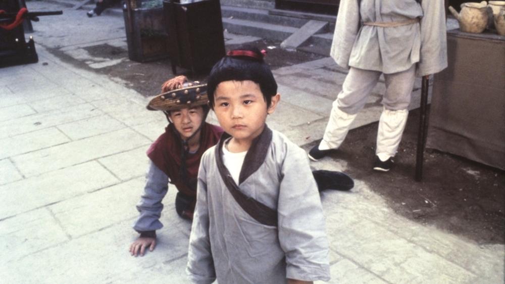 Hai anh em Vĩnh Kiện và Vĩnh Khang rất biết chăm sóc nhau vì bố phải làm việc nuôi hai đứa trong phim ''The Story Of My Son''