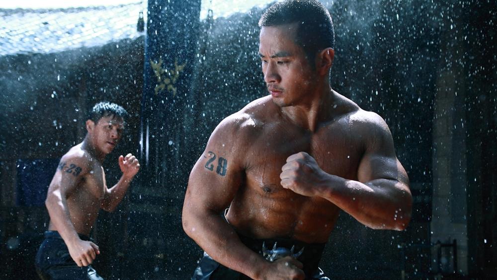 Đối thủ lớn nhất của tất cả các cao thủ là Kim Cang Vương - một đệ tử tục gia của Nam Thiếu Lâm Tự