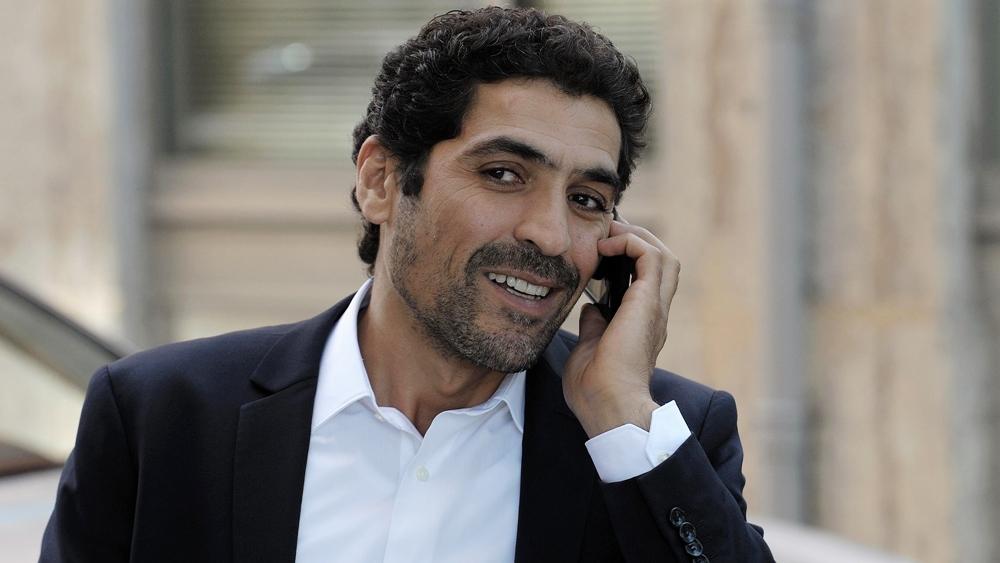Kader Sharif là cảnh sát ở vùng quê miền Tây