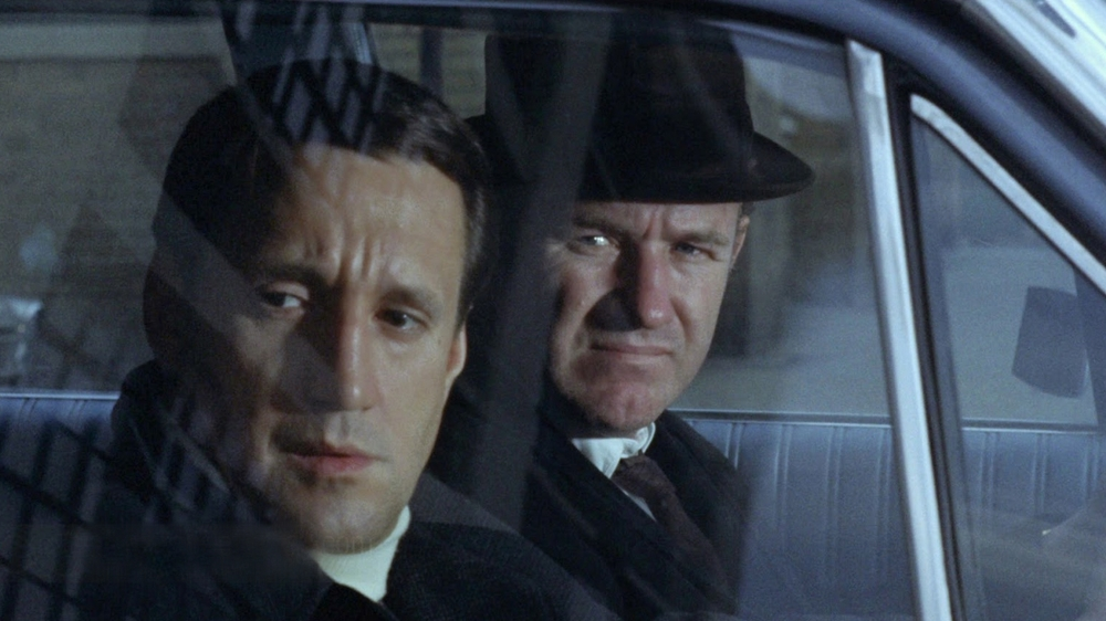 Hai cảnh sát mật là James ''Popeye'' Doyle và Buddy ''Coudy'' Russo bám theo tay mua hàng khét tiếng Salvatore Boca nhằm điều tra về đường dây buôn ma túy lớn