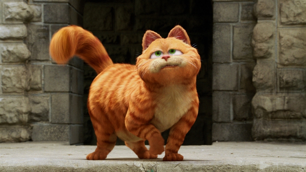 Garfield là chú mèo mập ú, lười biếng và quen với việc được cậu chủ Jon cưng chiều trong phim ''Garfield''