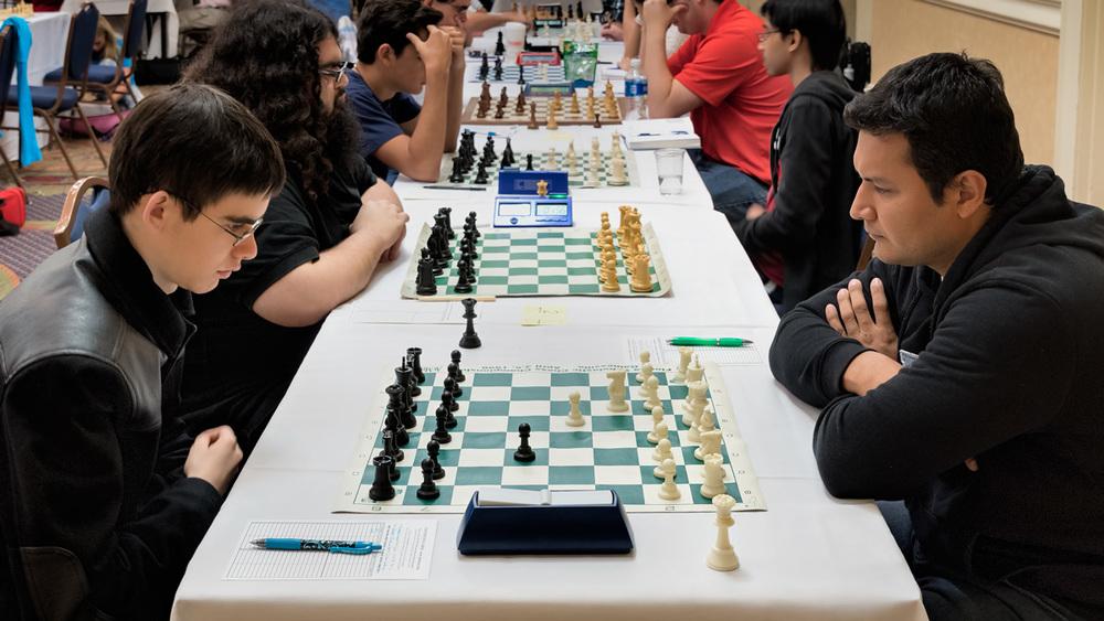 Đấu trí trong môn cờ vua.