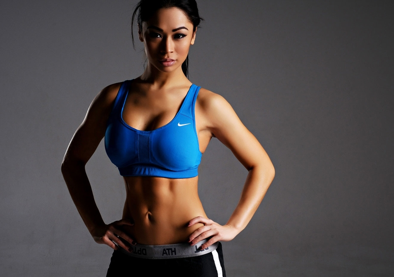 Tập gym giúp phái nữ giữ được thân hình cân đối, săn chắc và đầy quyến rũ.
