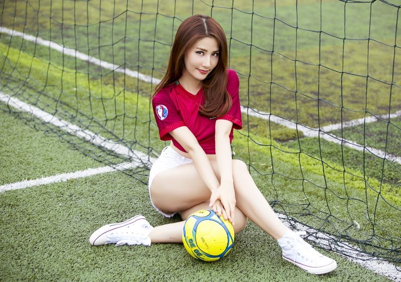 Nữ diễn viên Diễm My 9x là người có niềm đam mê thể thao cuồng nhiệt.