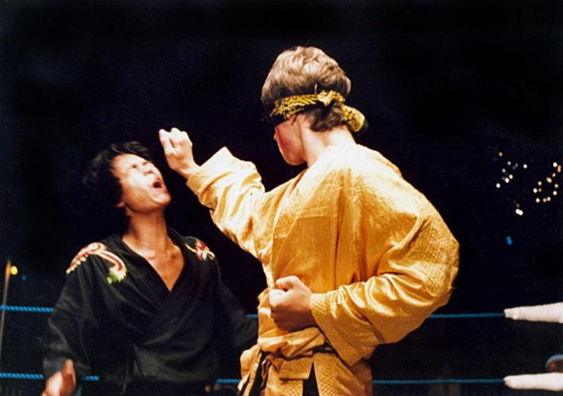 Một cảnh trong phim Karate Warrior.