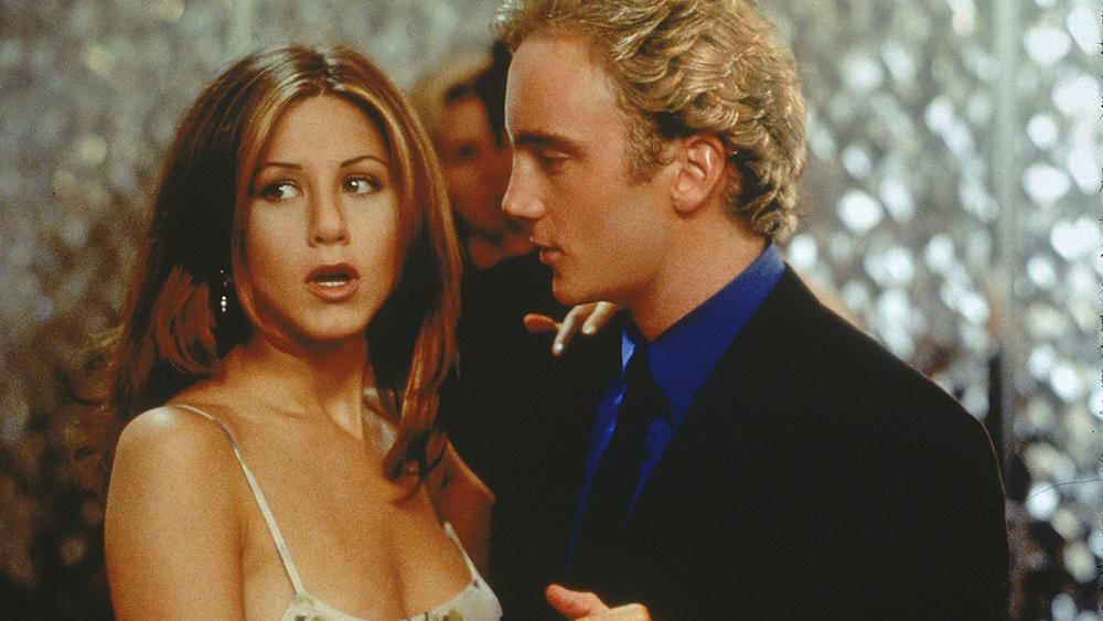 Để được đề bạt trong công việc, Kate buộc phải hẹn hò với Nick - anh chàng cô mới chỉ gặp một lần duy nhất.
