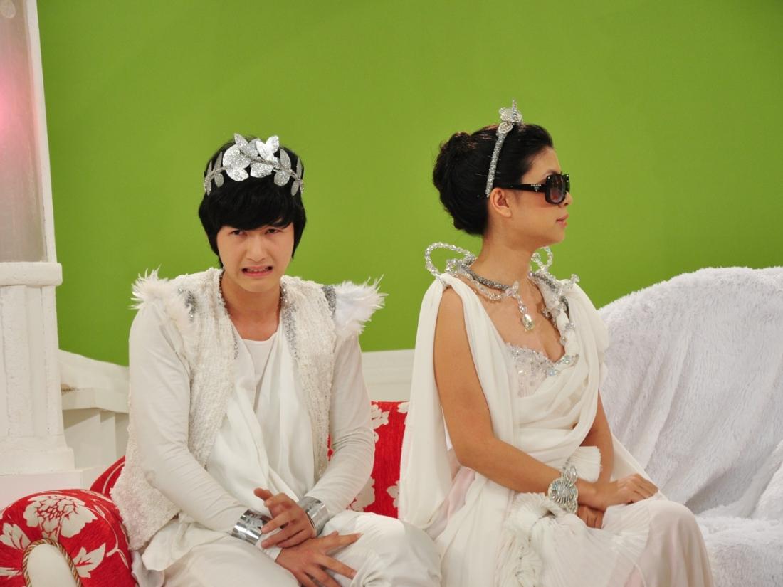 Thiên Minh là con trai duy nhất của Nữ Thần Tình Yêu.