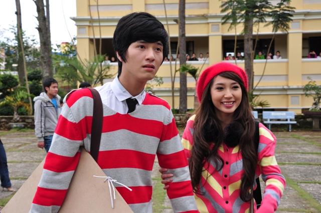 Hai diễn viên Huỳnh Anh và Khổng Tú Quỳnh trong một cảnh phim.