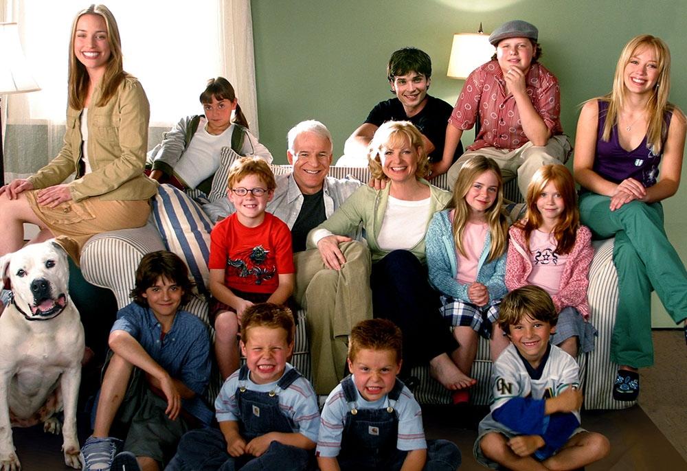 Đại gia đình nhà Baker gồm hai vợ chồng và... 12 đứa con.