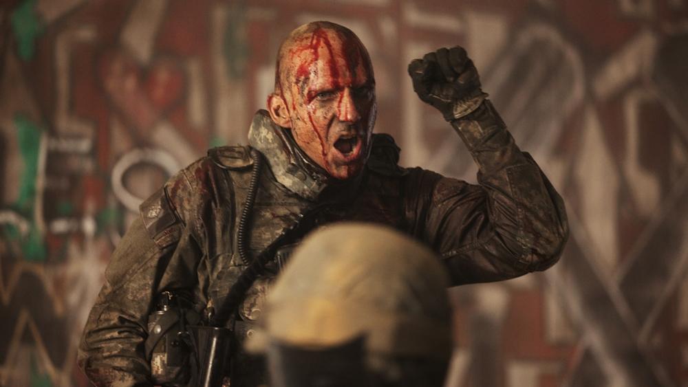Coriolanus - là một chiến binh dũng mãnh và là người hùng của thành phố Roma trong phim ''Coriolanus''