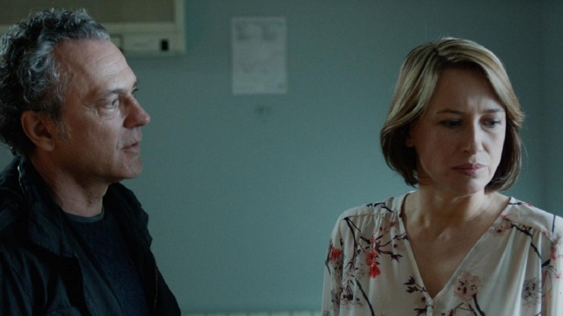 Hai nhân vật Carlos và Marina trong ''Fire''.