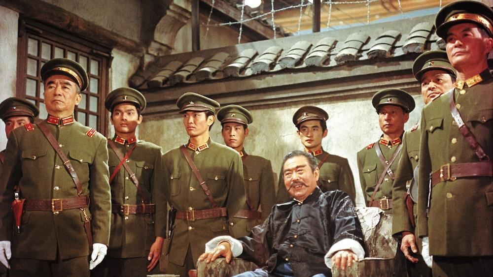 Kim Đại Soái với bản tính kiêu ngạo, tàn ác đã ngay lập tức chiếm đóng thủ phủ và gây dựng quân đội của riêng mình trong phim ''The Anonymous Heroes''