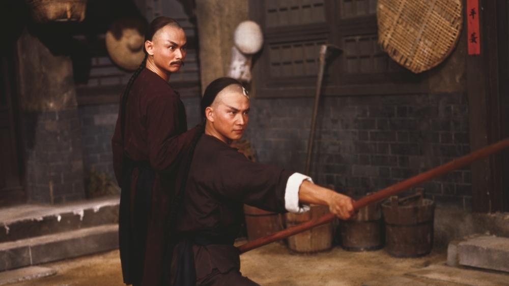 Sau cuộc gặp tình cờ, Vương Thần Cần khá có cảm tình với Hà Chân và mong muốn giúp anh làm lại cuộc đời.